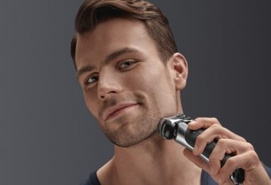 Best Electric Razor For Men's Face 2020